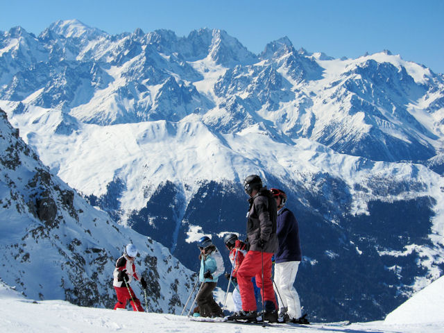 4 Vallees opens on 10th November 2017