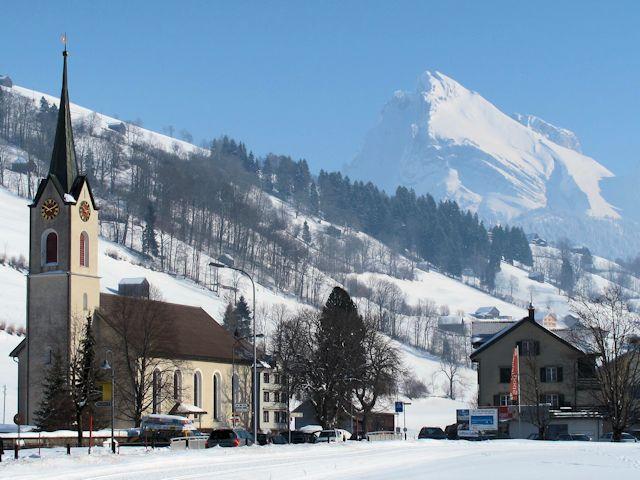 Ski and Snowboard Alt St Johann