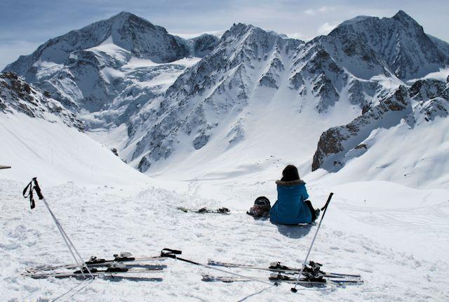 Ski and Snowboard Arolla