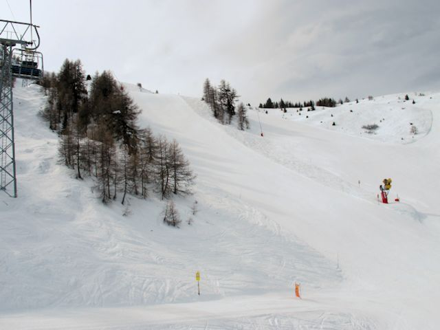 Empty slopes at Bruson