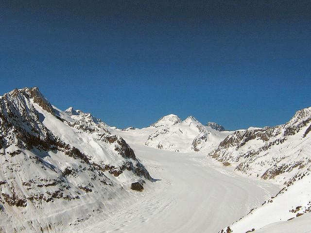 Ski and Snowboard Fiescheralp
