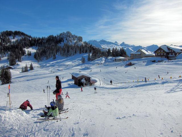 Ski and Snowboard Ibergeregg