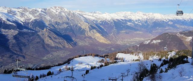 Ski and Snowboard La Tzoumaz