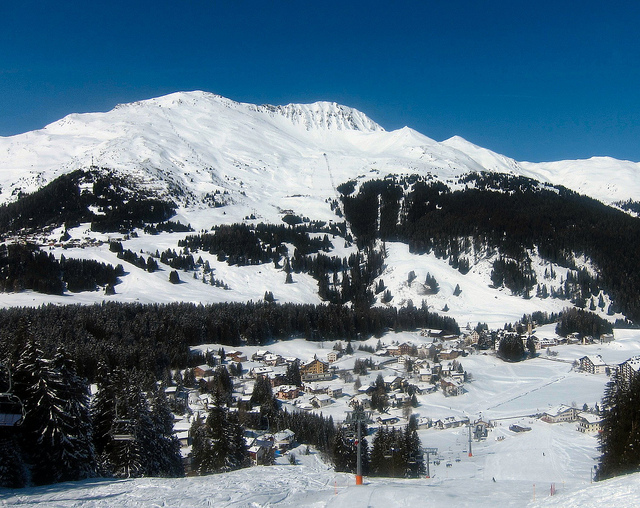 Ski Lenzerheide from the Netherlands