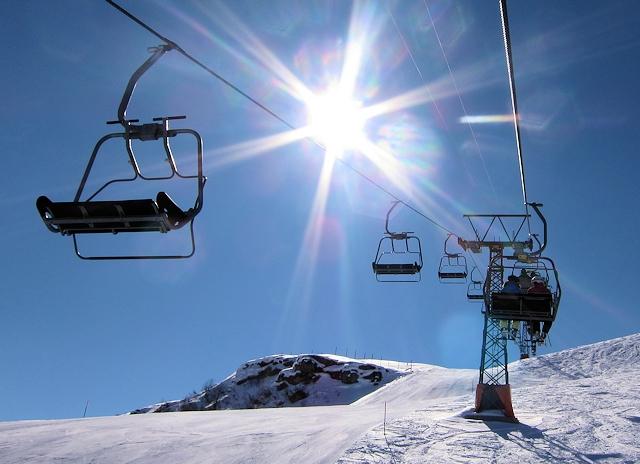 Ski Les Arcs by train