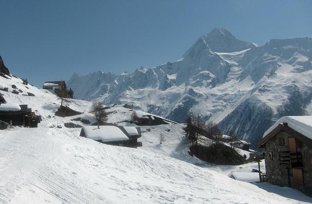 Ski and Snowboard Lötschental