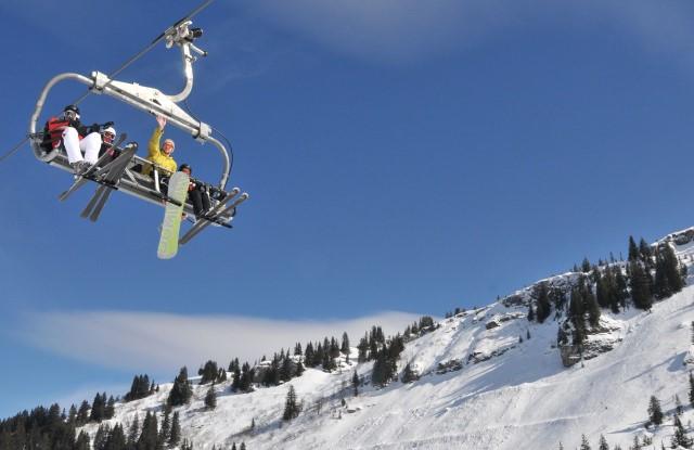 Ski and Snowboard Morgins