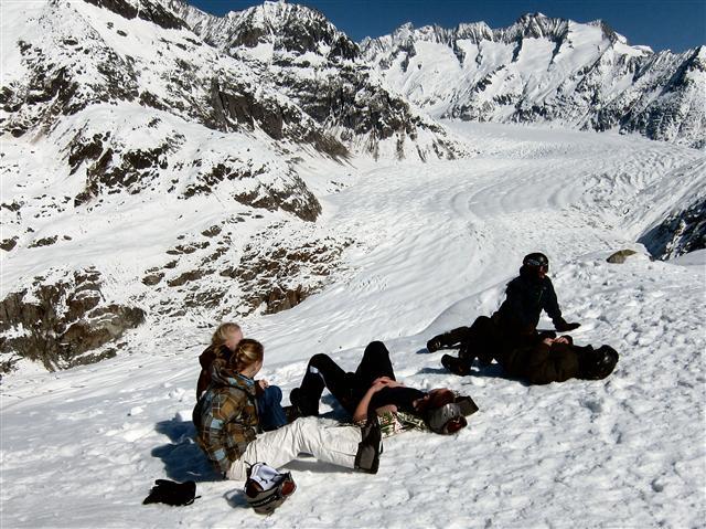 Ski and Snowboard Goms