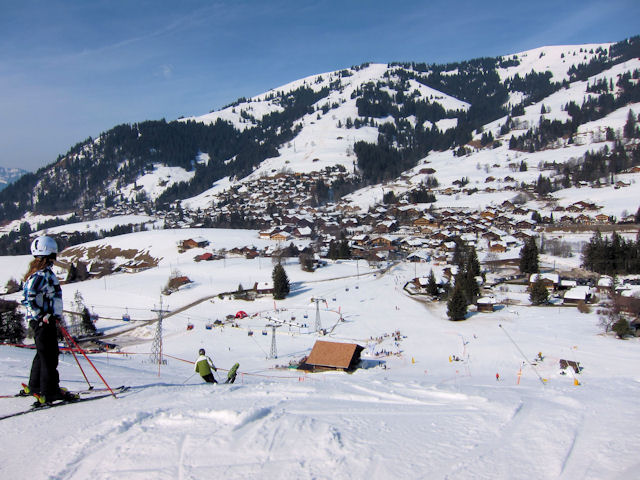 Schönried gives good access to the best slopes of Gstaad Mountain Rides.