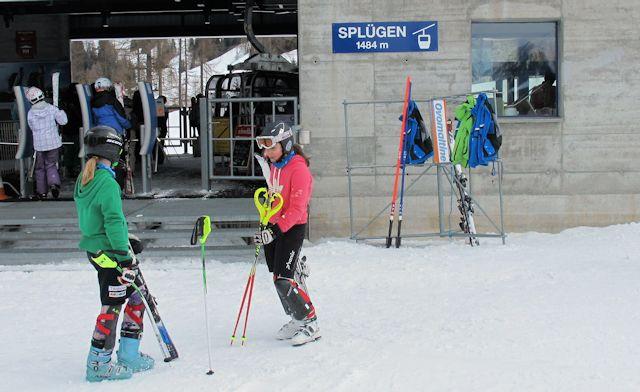 Ski and Snowboard Splügen