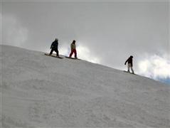 Snowboard and Ski vals (c) Nic Oatridge
