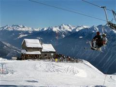 Snowboard and Ski evolene (c) Nic Oatridge